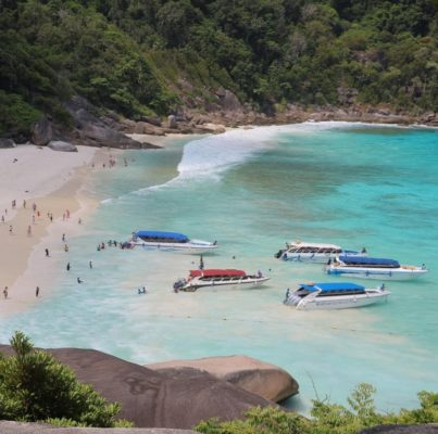 Le nombre de visiteurs autorisé pour les visites des îles Similan reste limité pour préserver la baie