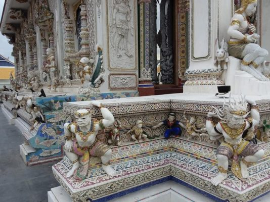 Le Wat Pariwat, un temple unique à Bangkok