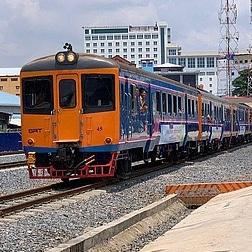 Une ligne de chemin de fer reliant le Cambodge et la Thaïlande