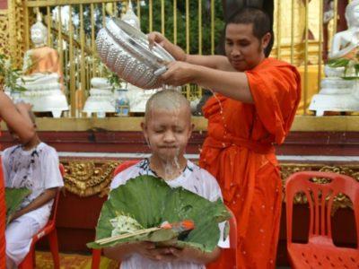 Khao Phansa 2019, carême bouddhiste et festival des bougies en Thailande