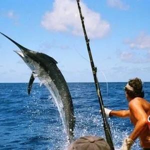 Pêche à la ligne et pêche à la traîne sur l'île de Racha
