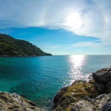 Un jour Raya et l'île de corail en hors-bord À partir de: ฿ 999 Réserver maintenant