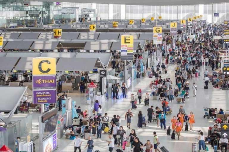 la Thaïlande s'ouvrira au tourisme étranger.